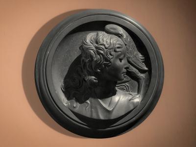 Antonio Alberghini (Pieve di Cento 1888 – Bologna 1979), Leda e il cigno. Terracotta dipinta, cm 46x42x15